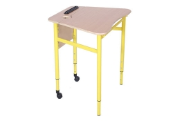 Стол трапецеподобный мобильный с регулировкой угла наклона столешницы, №3-5